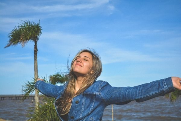 9 Simple Habits To Instantly Create More Happiness