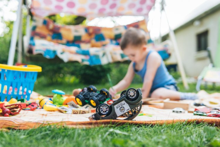 easy summer activities for kids