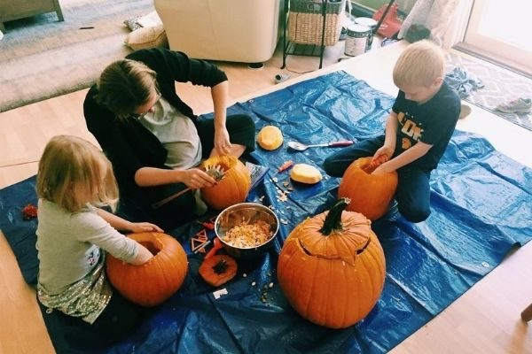 Halloween traditions for your family HAVE to include pumpkin carving