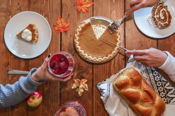 11 Thanksgiving Day Activities for Your Unique Holiday