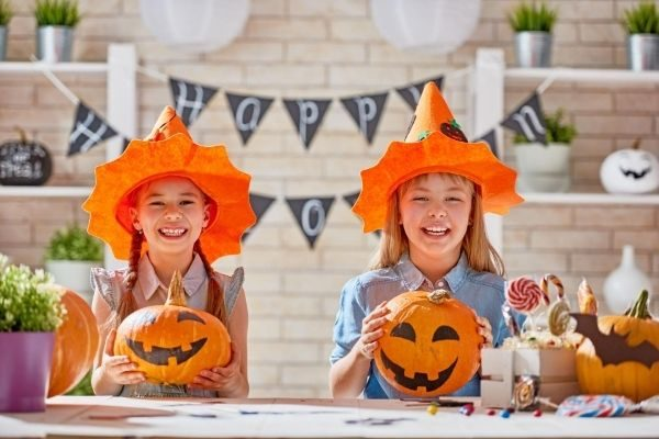 fun fall bucket list for families, at home activities