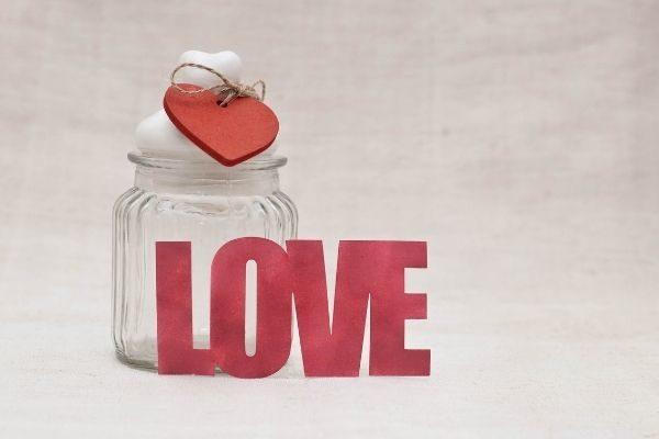 creative ways to say I love you to family